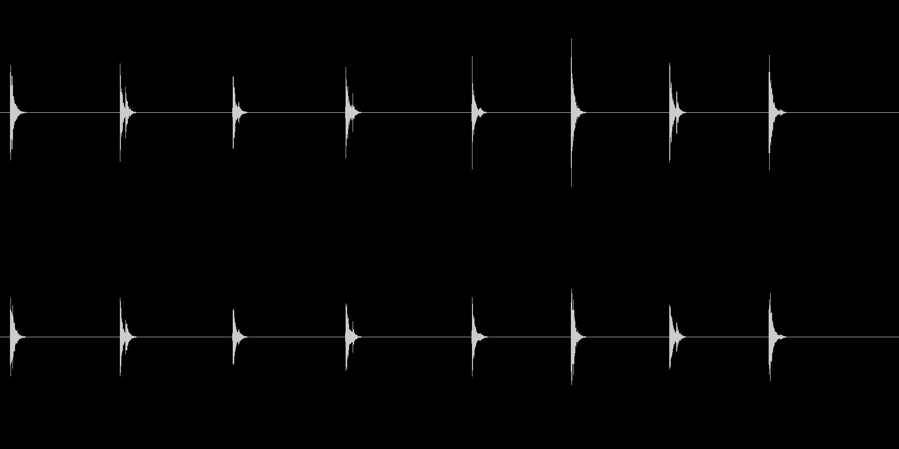 PC キーボード04-17(遠い 単発 の未再生の波形