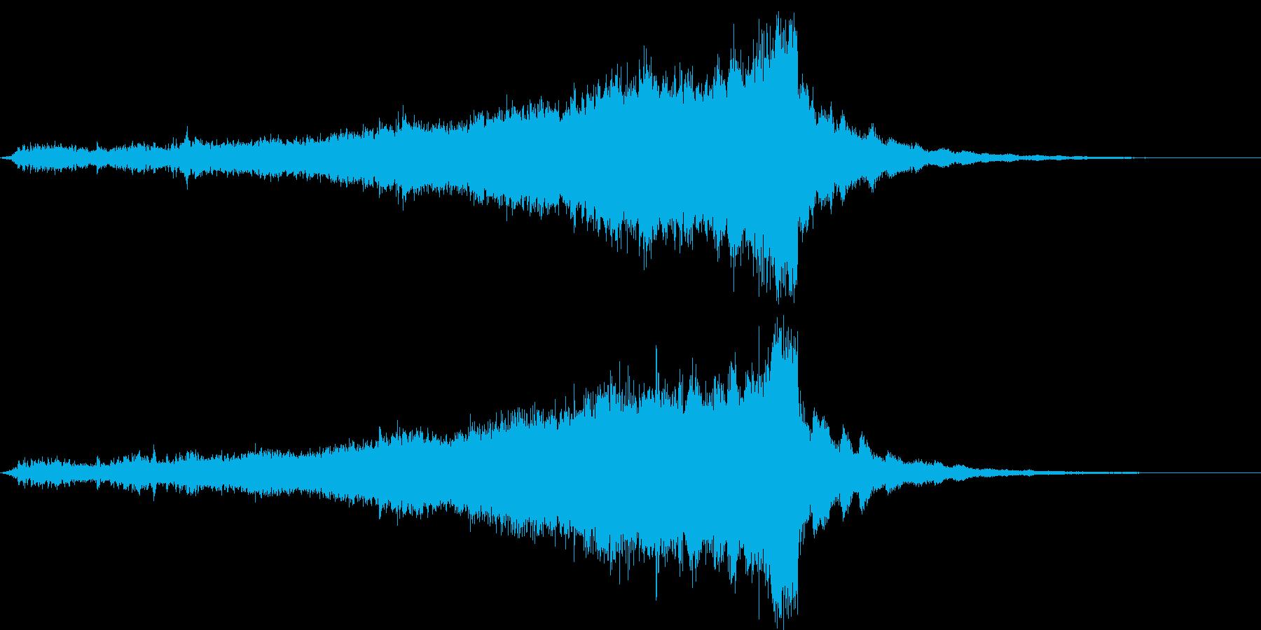 CINEMATIC RISER_08の再生済みの波形