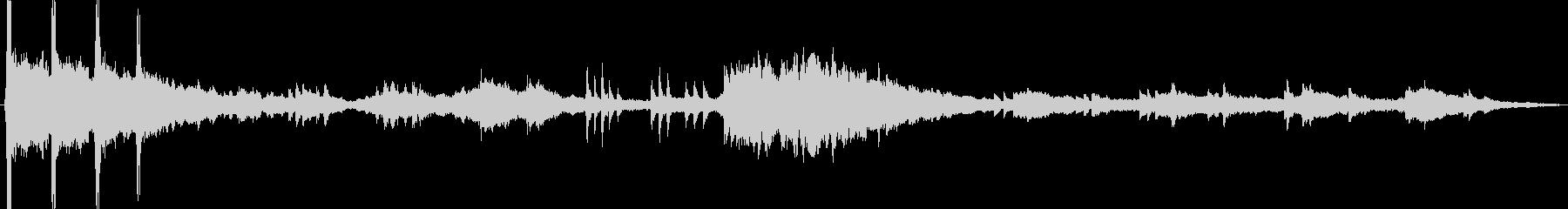 メランコリックで柔らかいピアノとオ...の未再生の波形