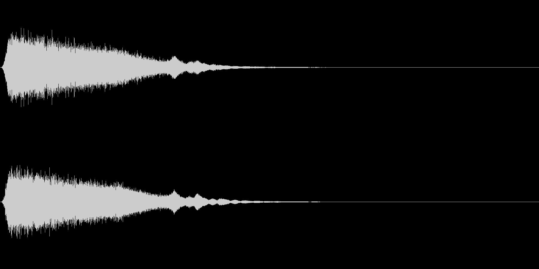 シューンと流れ星のような音の未再生の波形