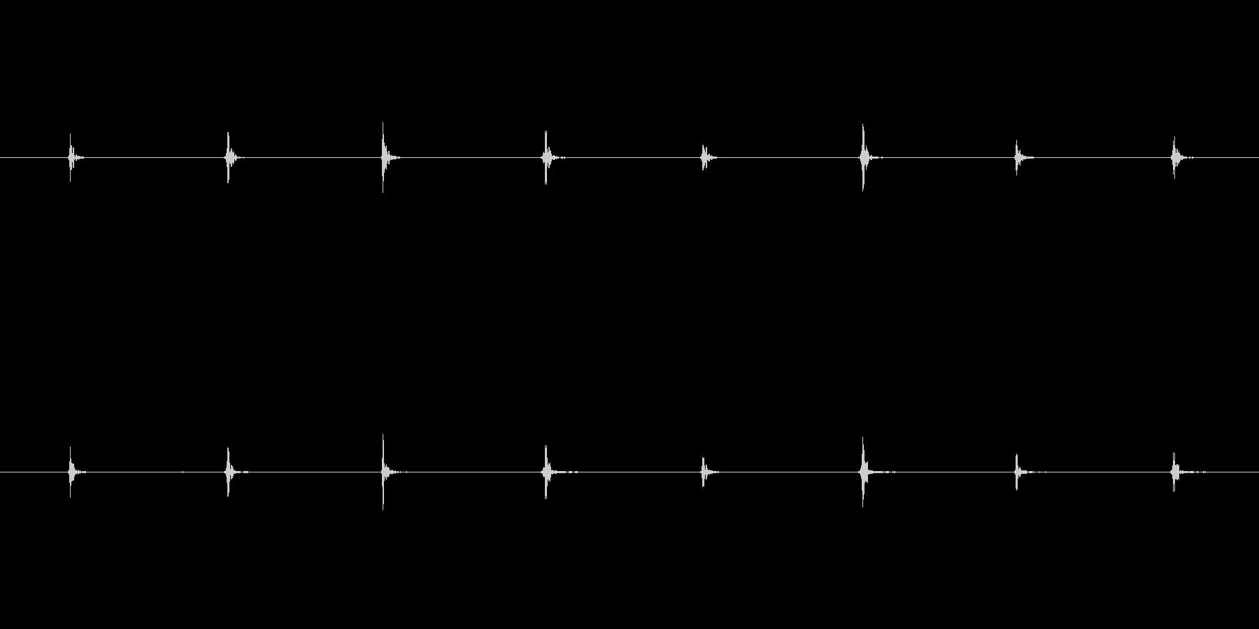 モンスター 足取り03の未再生の波形