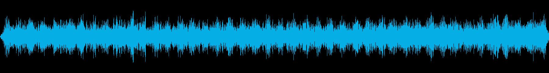 虫の声と道路の音の再生済みの波形