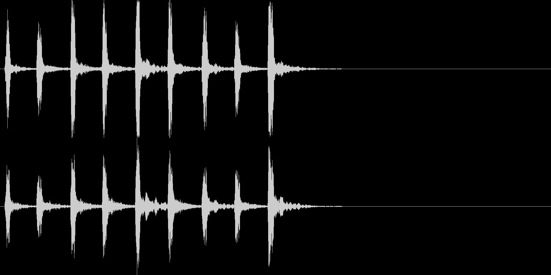 キィッキィッ!(バイオリン怖い刻み)速めの未再生の波形