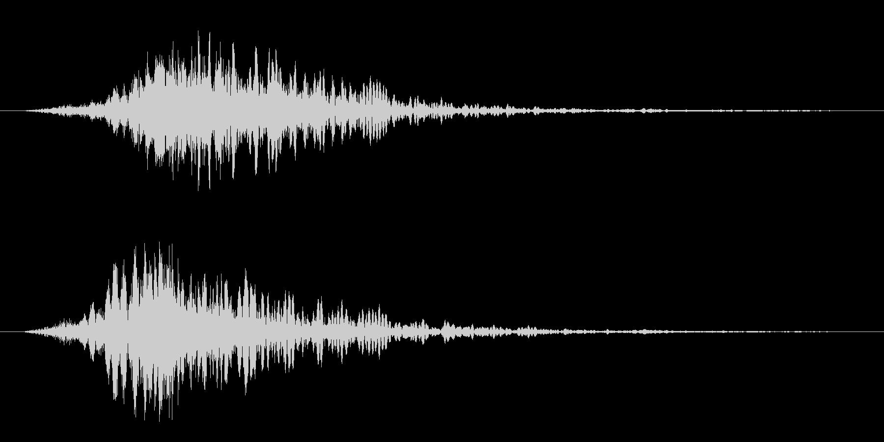 ビシューン(風の音)の未再生の波形