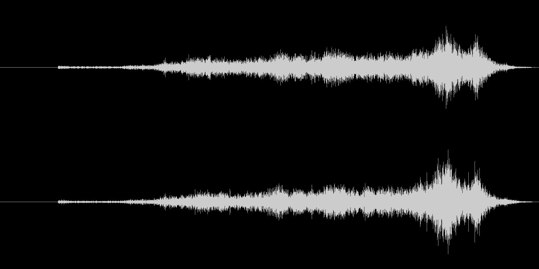 生音 三味線 コスリ アップの未再生の波形