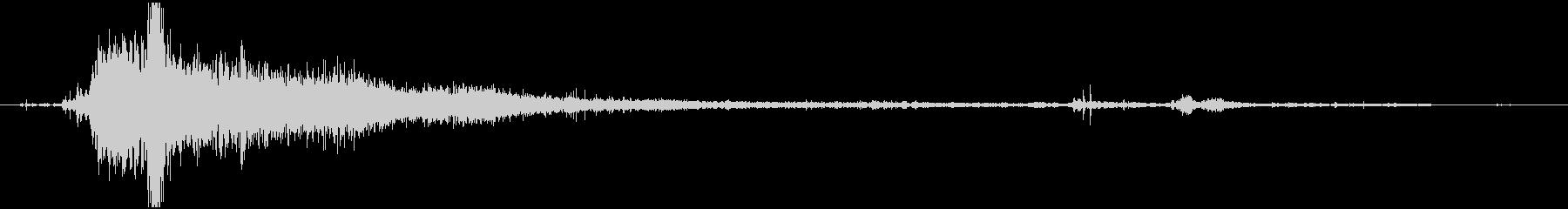 【環境音】 33 強めの水音の未再生の波形