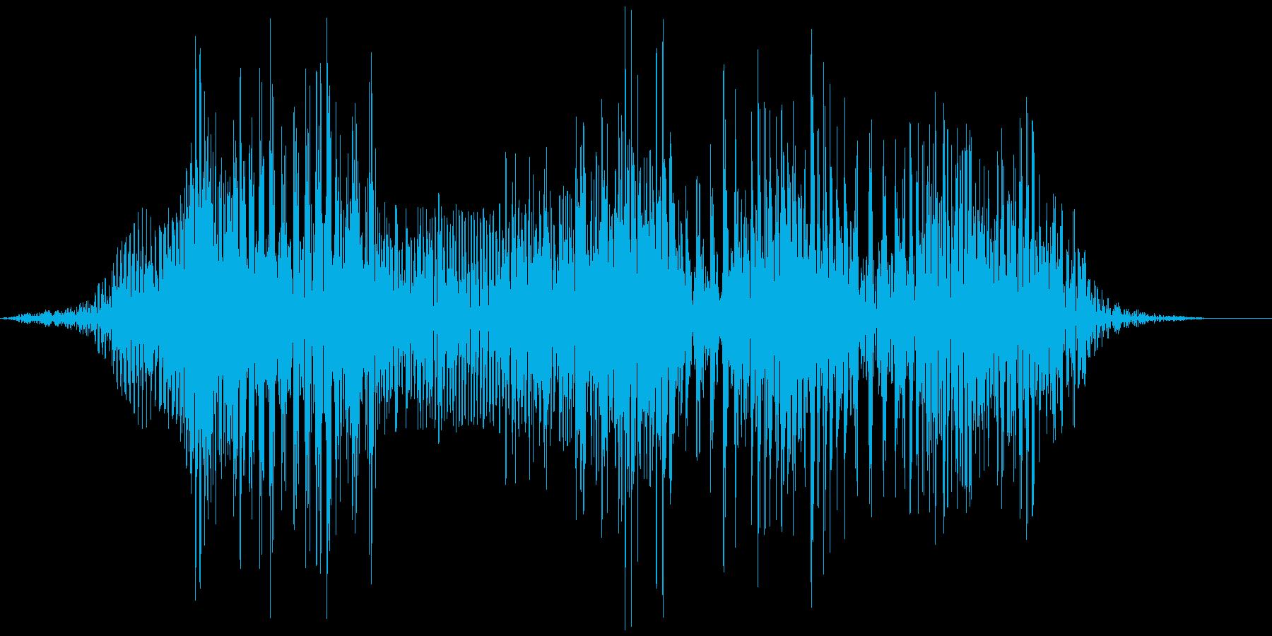 空腹でお腹がグウと鳴る音01の再生済みの波形