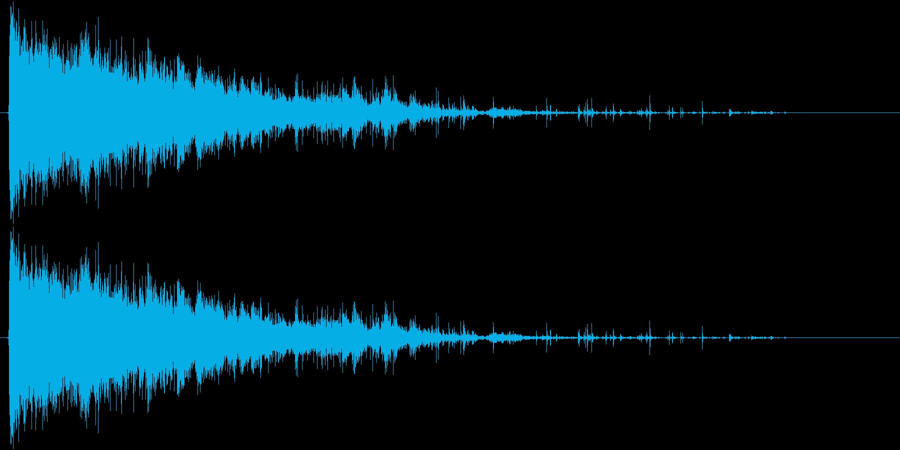 落下するシャンデリアの再生済みの波形