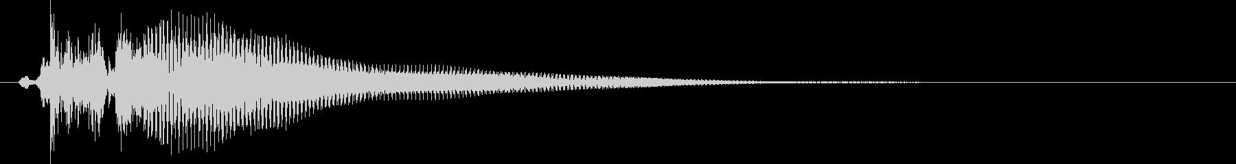 三味線で「ベベン」の未再生の波形