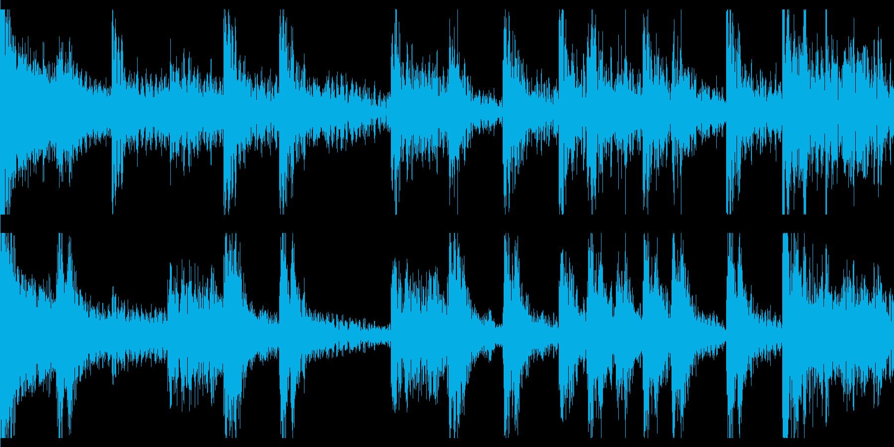 スネアとティンパニによる行進風ループ素材の再生済みの波形