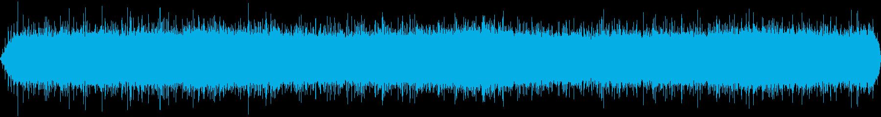 強めの雨音「ザァー」の再生済みの波形