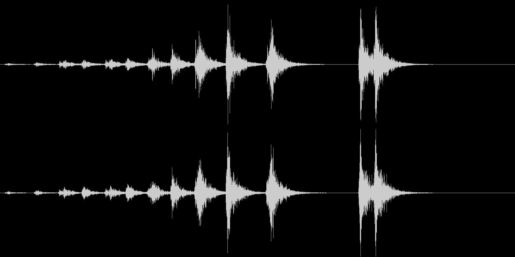 「ドドド・・ドン」歌舞伎の足拍子の連打音の未再生の波形