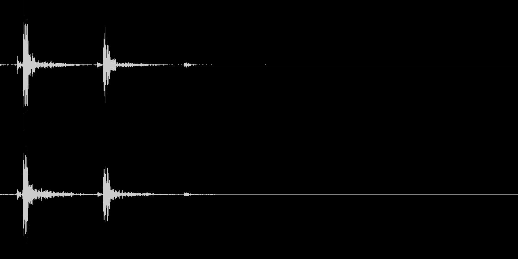 カチャリ(スマホロック解除_02)の未再生の波形