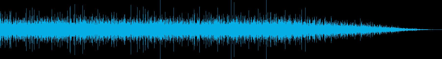 ザーザー…ナチュラルな川の流れの再生済みの波形