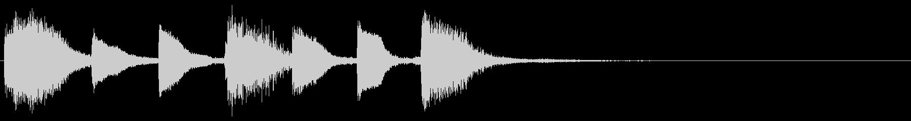 明るいピアノジングルの未再生の波形
