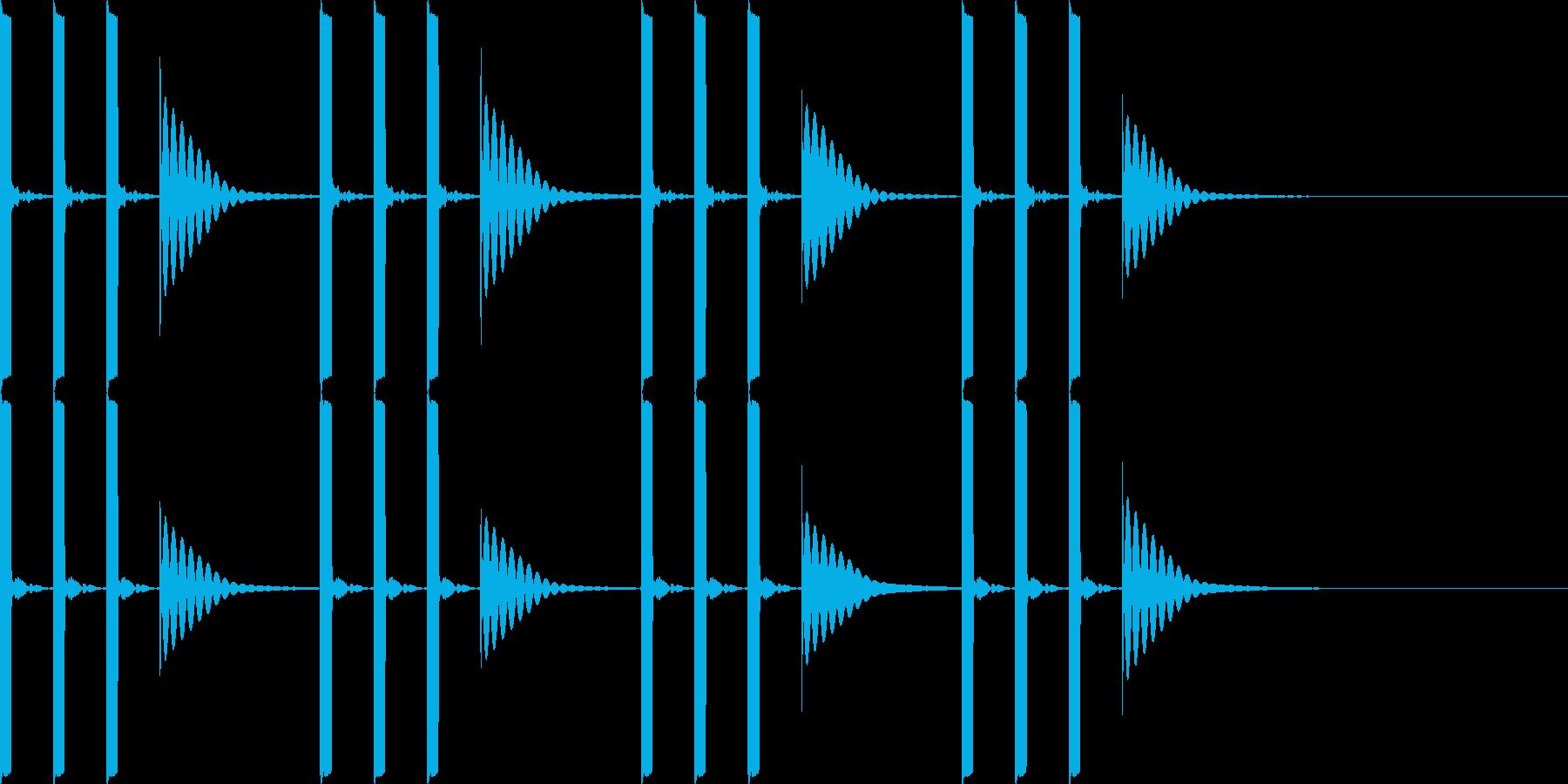 ピッ ピッ ピッ ポーンの再生済みの波形