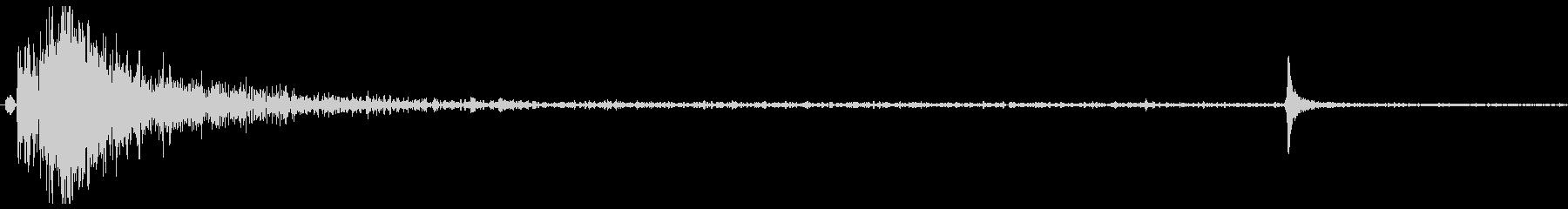 ドアメタルゲートシャットの未再生の波形