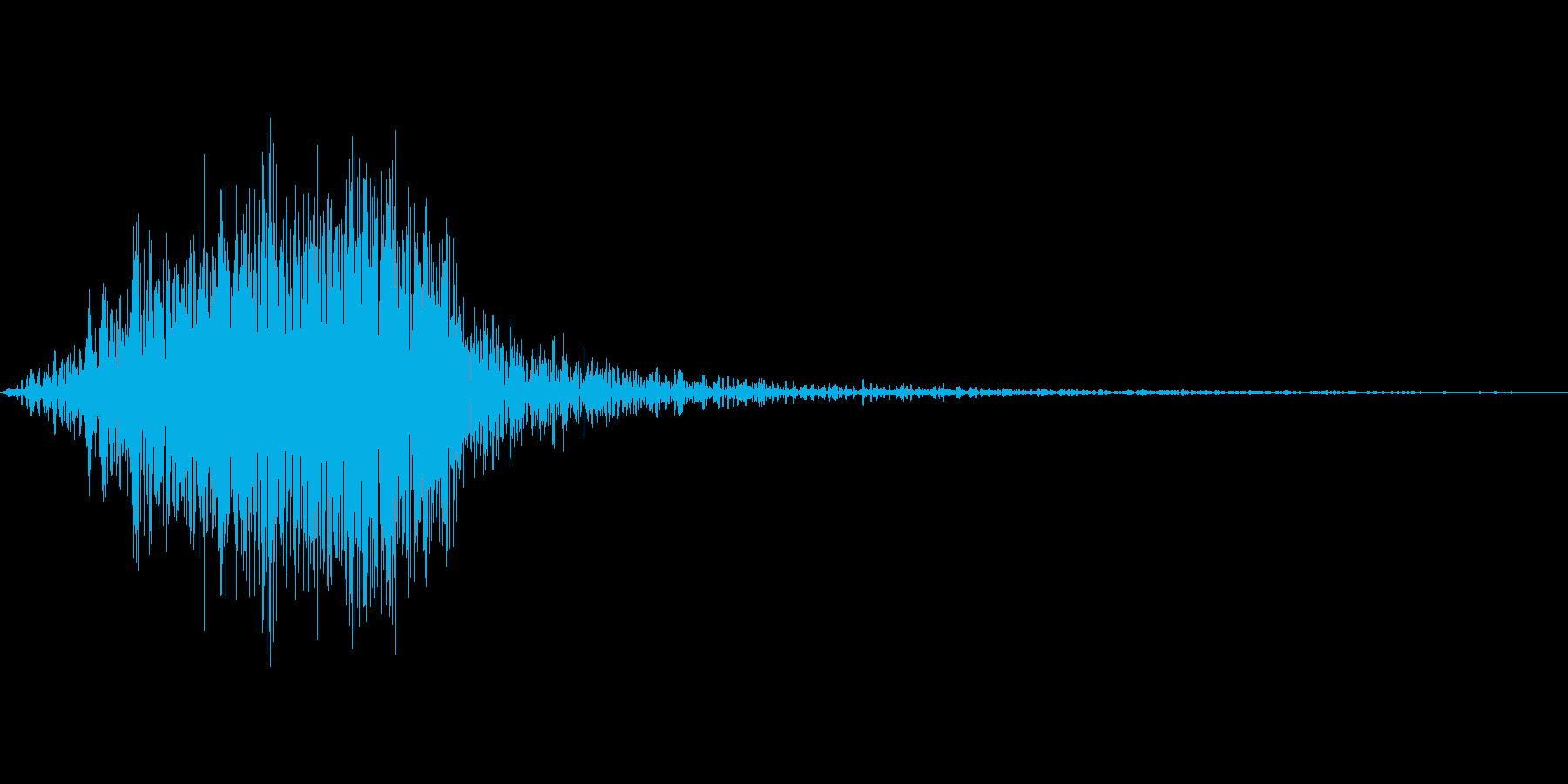 【SE】風切り音片手剣、ソード等01の再生済みの波形