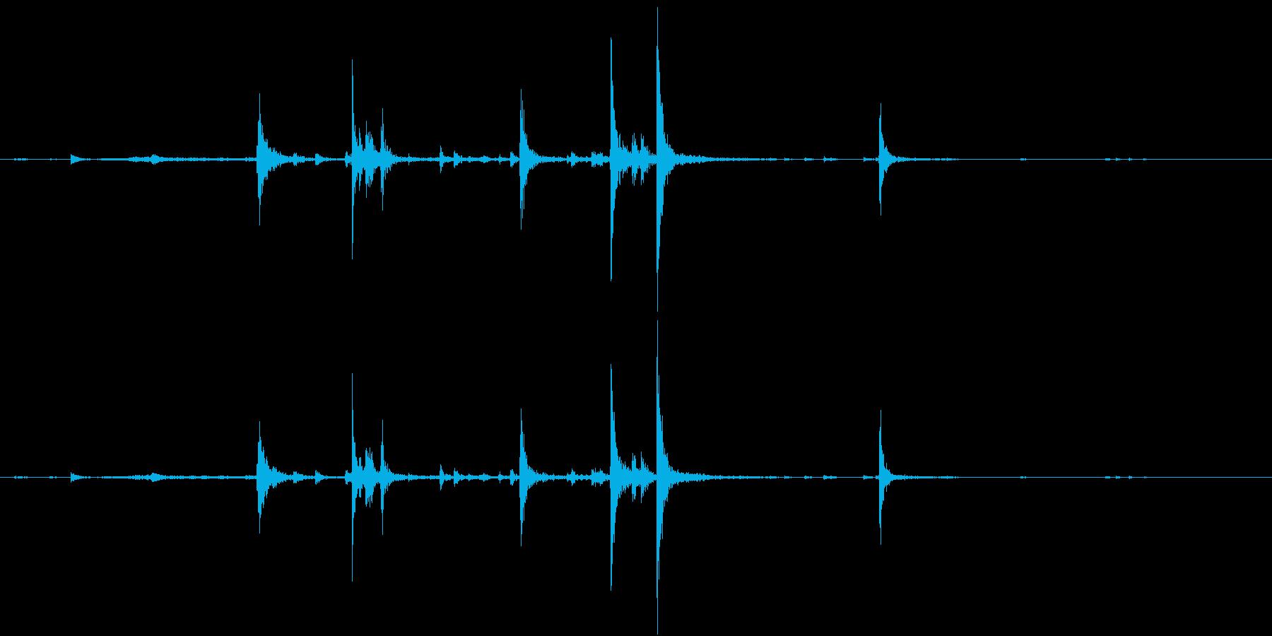 【生録音】弁当・惣菜パックの音 2の再生済みの波形