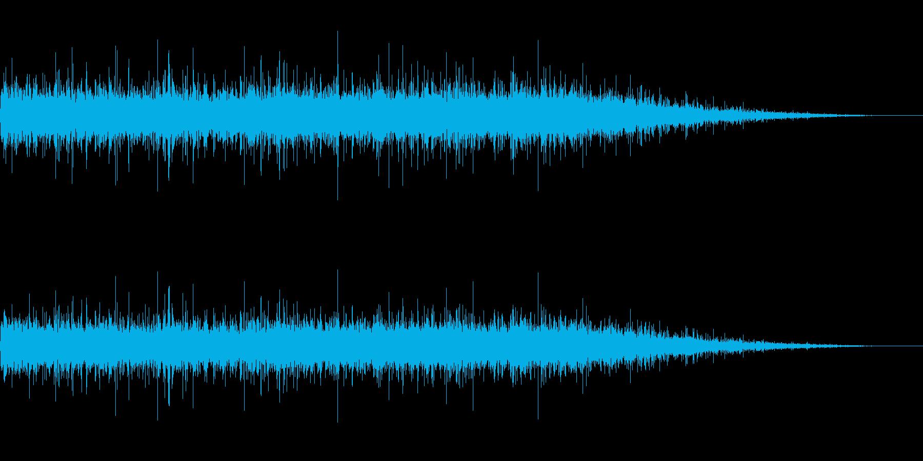 川のリアルな流れる水の音の再生済みの波形