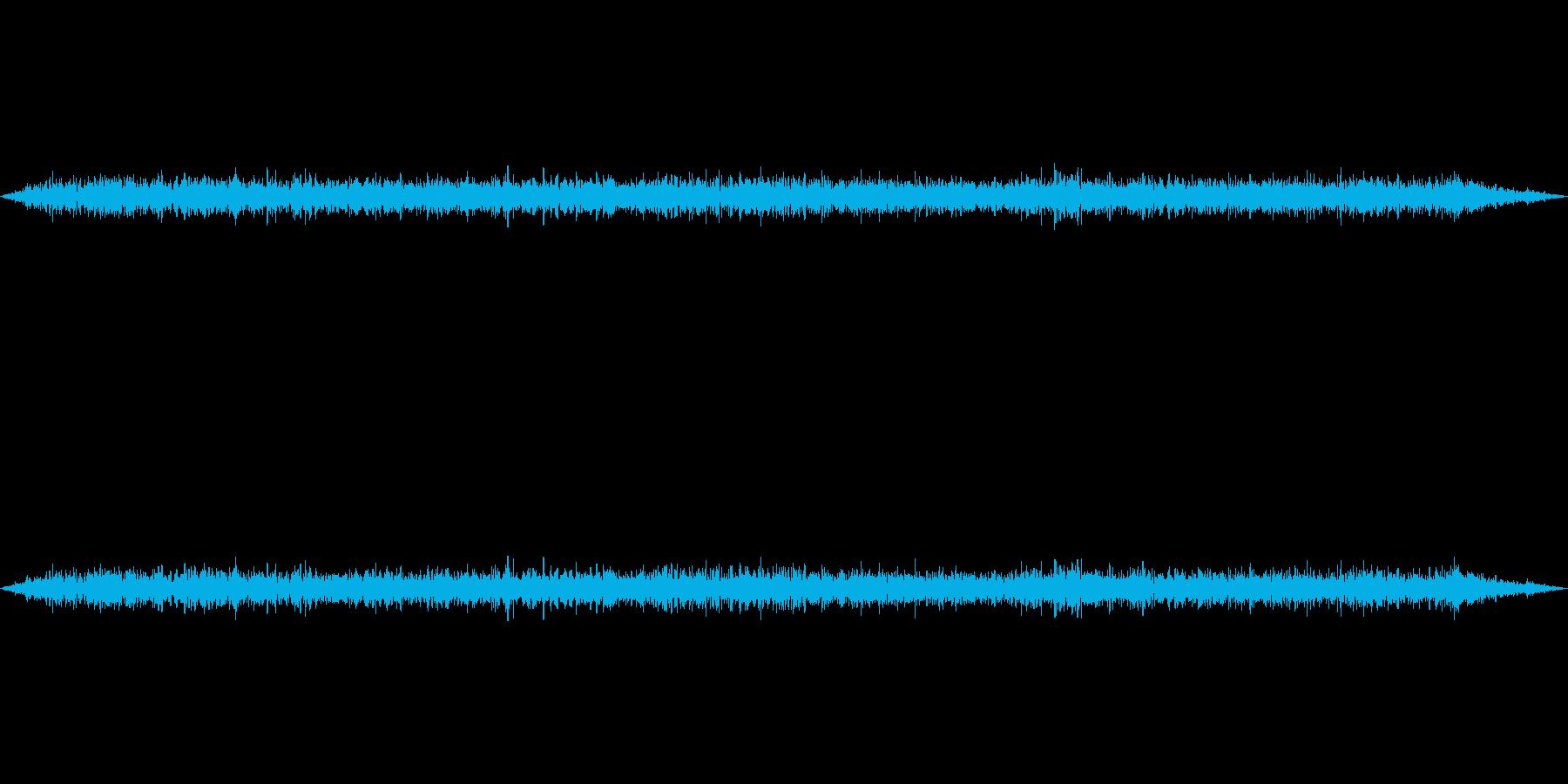 環境音-新幹線車内-走行中の再生済みの波形