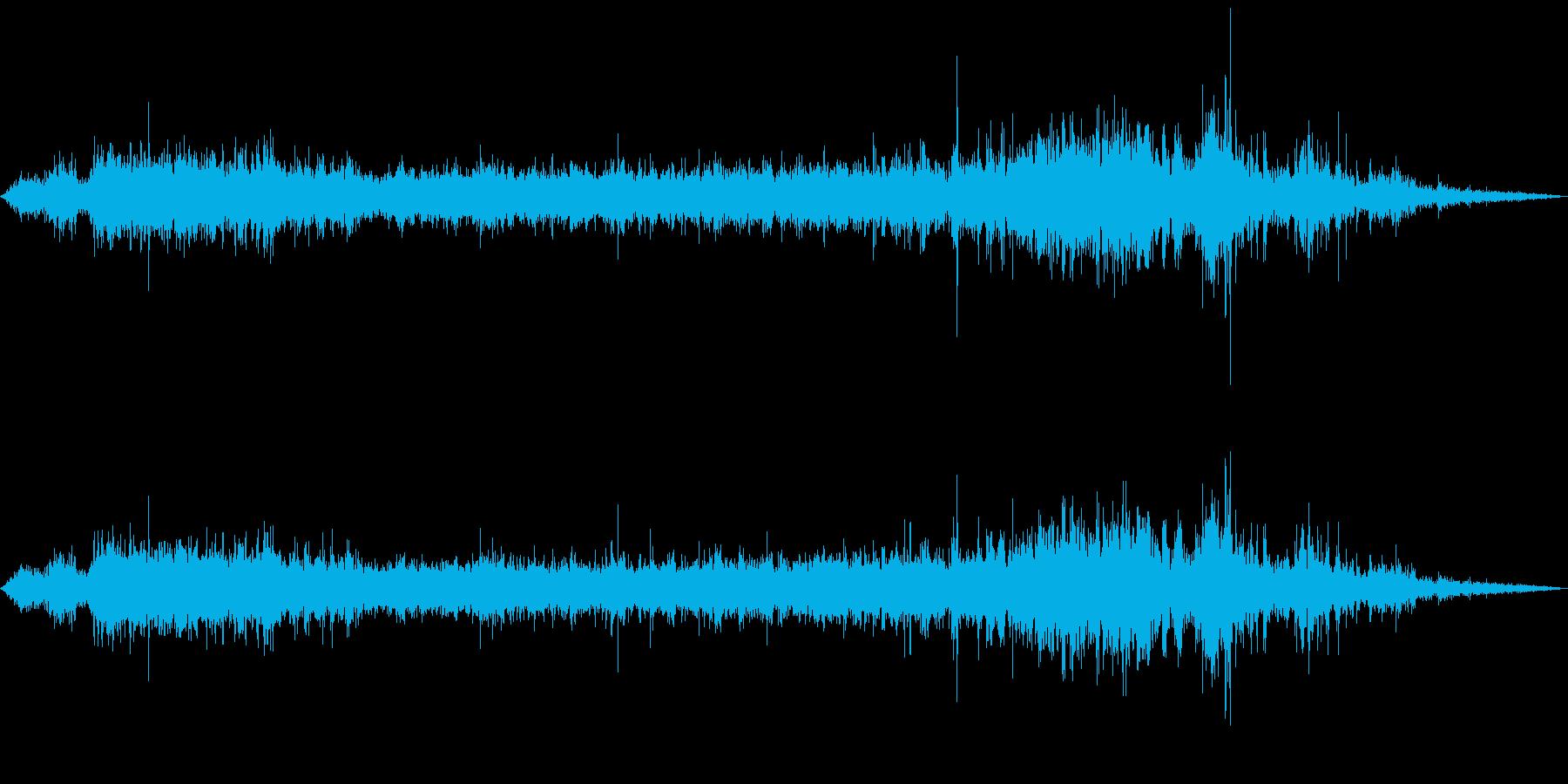トイレの水を流す(トイレ内から録音)の再生済みの波形