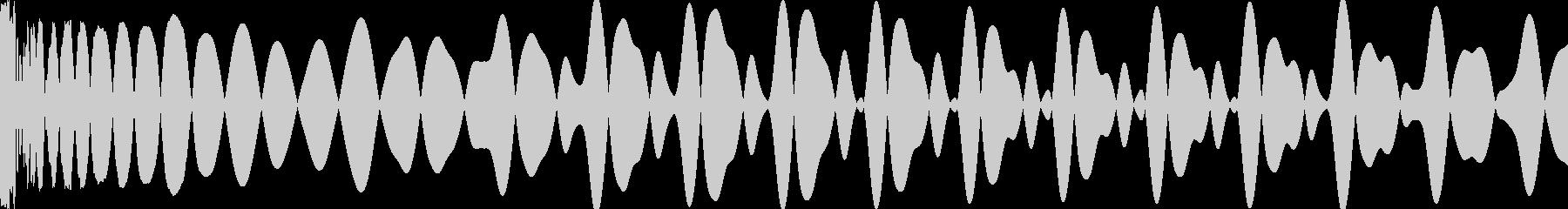 キー入り【E】ダンスミュージック用キックの未再生の波形