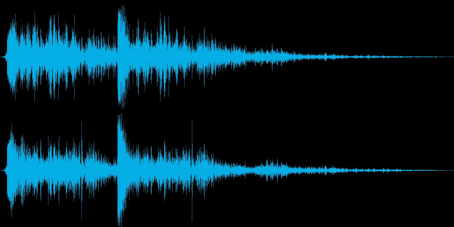 【銃声音004】銃の発射発砲音(2連射)の再生済みの波形