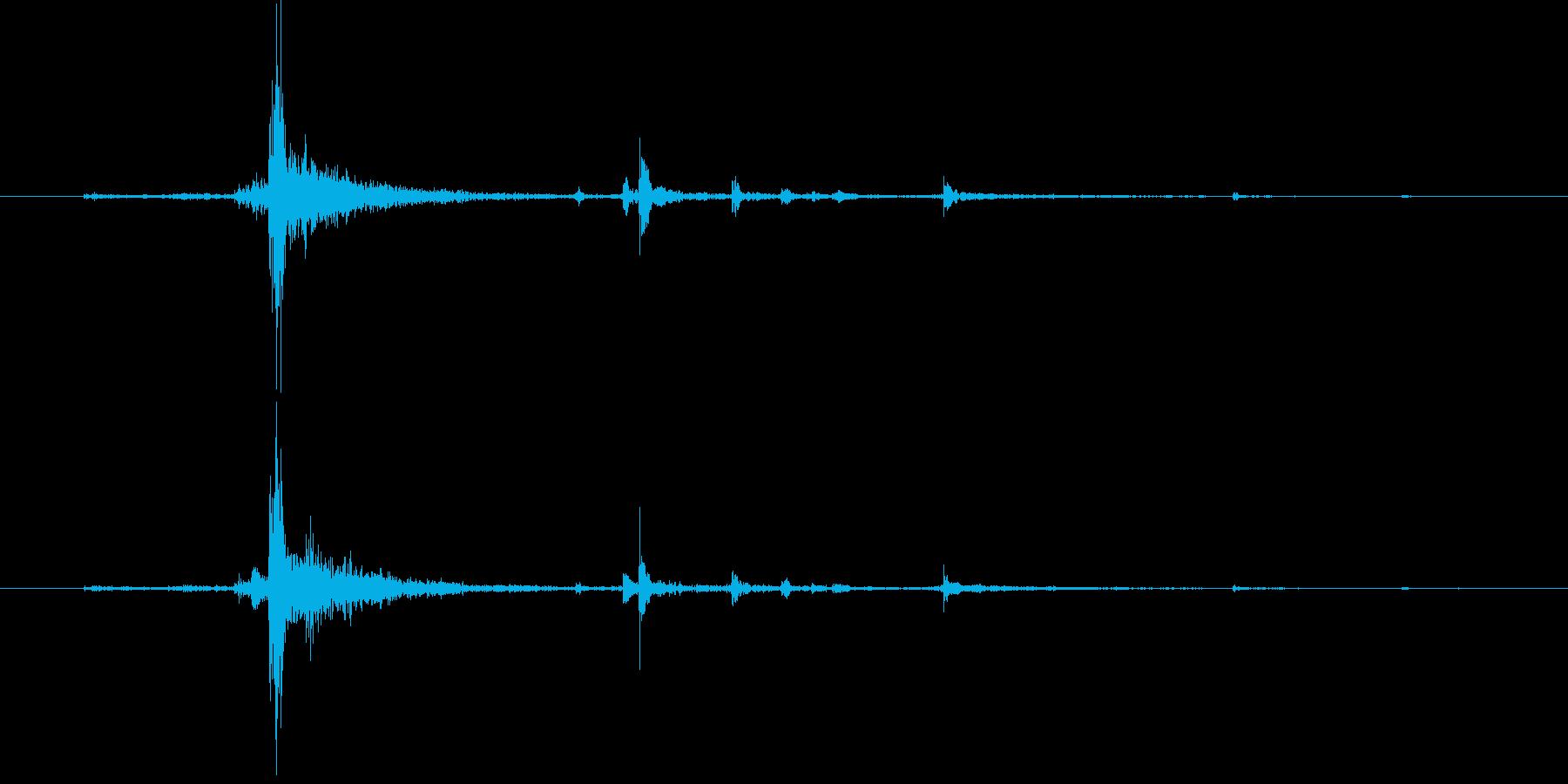 水面に何かを投げて落とした音チャポン4の再生済みの波形