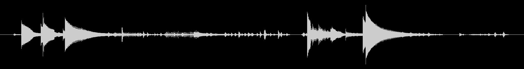 風鈴と鳥と虫の音 06の未再生の波形