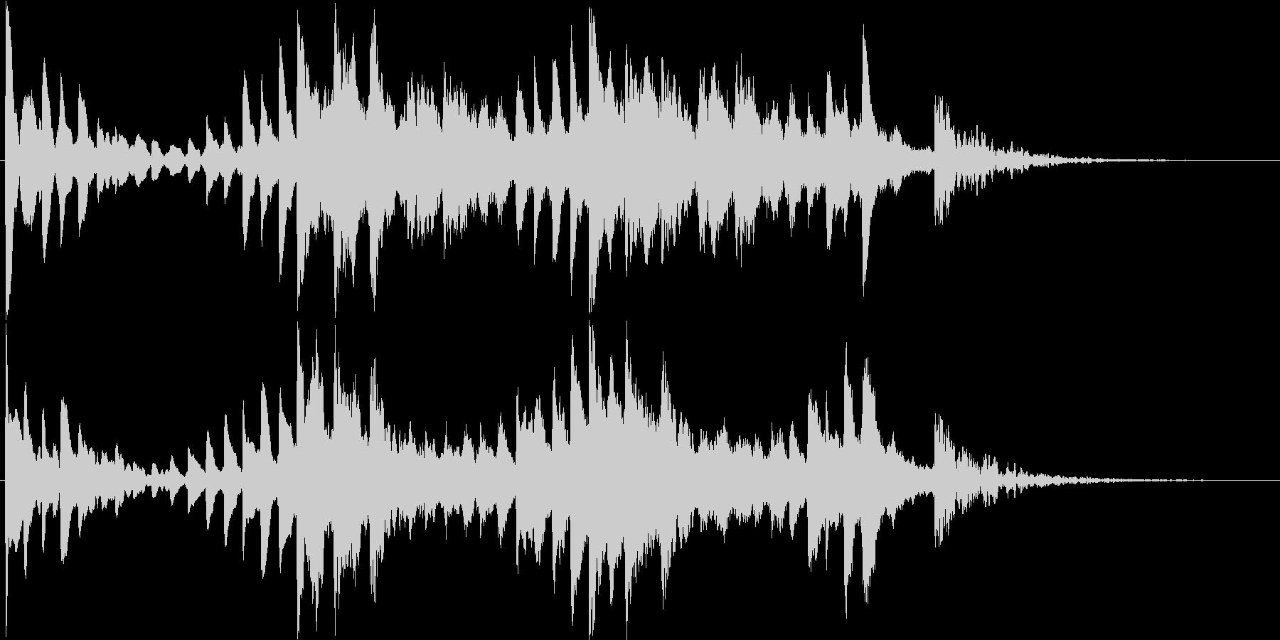 神秘的で幻想的なピアノ曲の未再生の波形