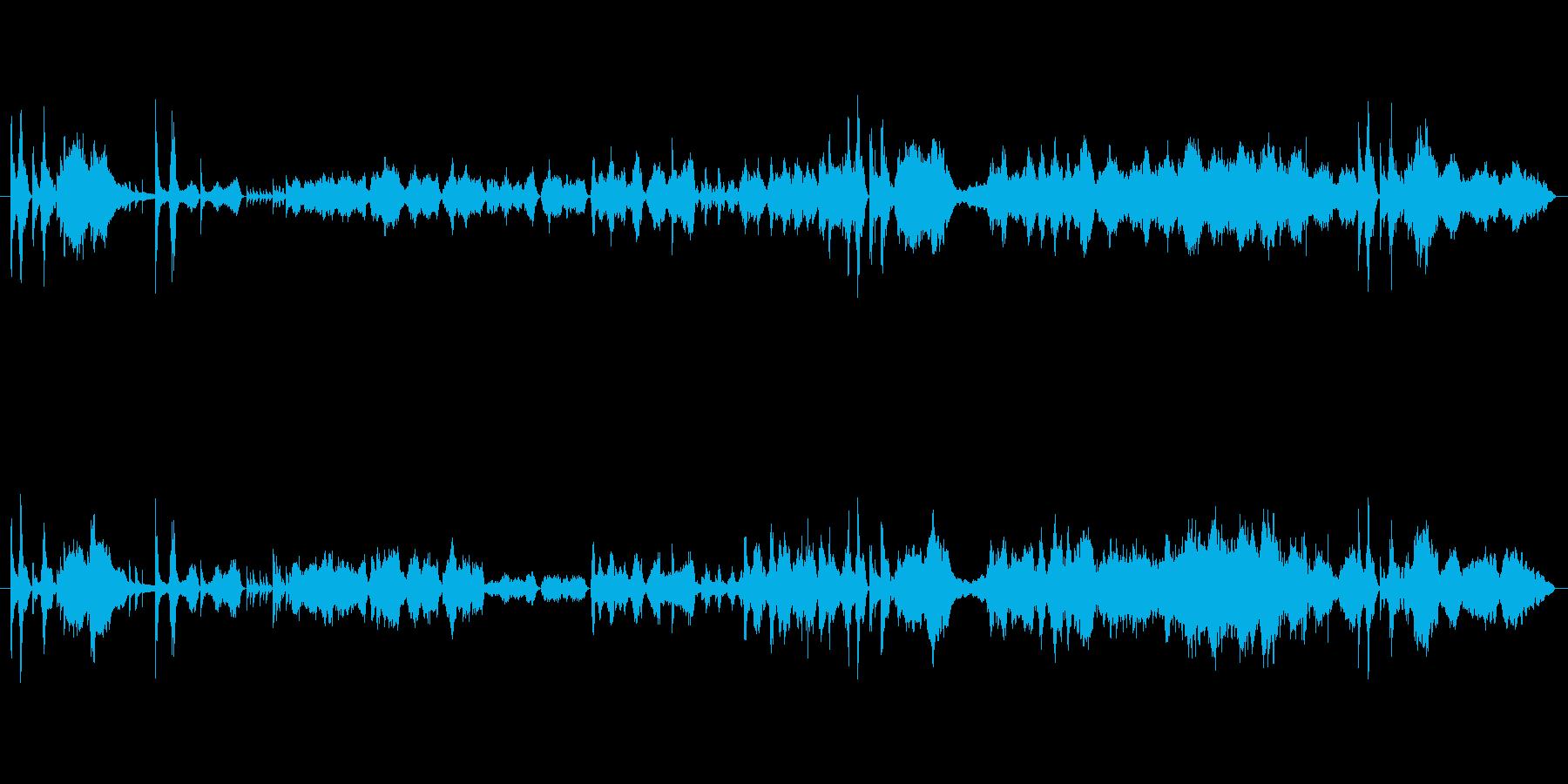 迫力があって響きが特徴的なメロディーの再生済みの波形