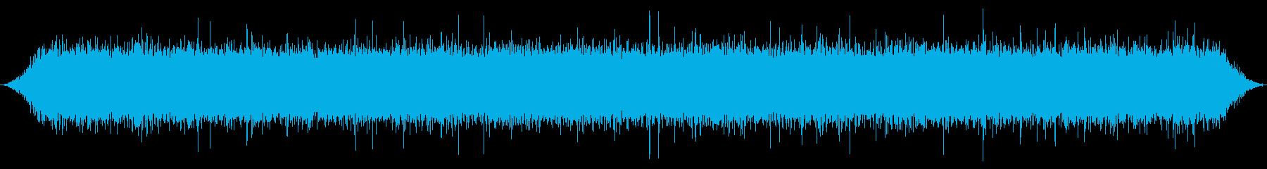 洞窟の中の山の春の滝:中程度の派手...の再生済みの波形