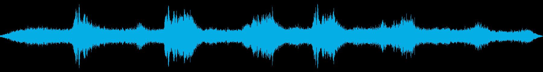 きらめく効果とローエンドの共振スイ...の再生済みの波形