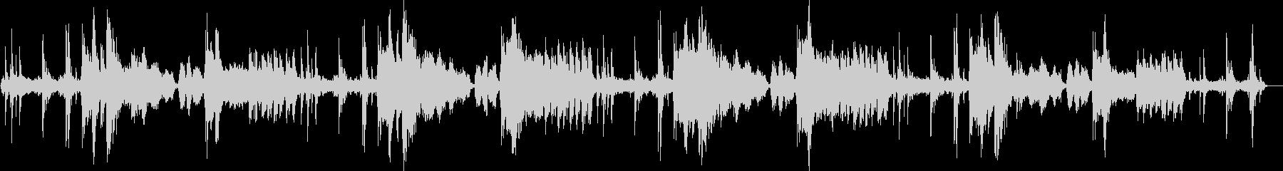 繊細な響きのあるピアノメロディーの未再生の波形