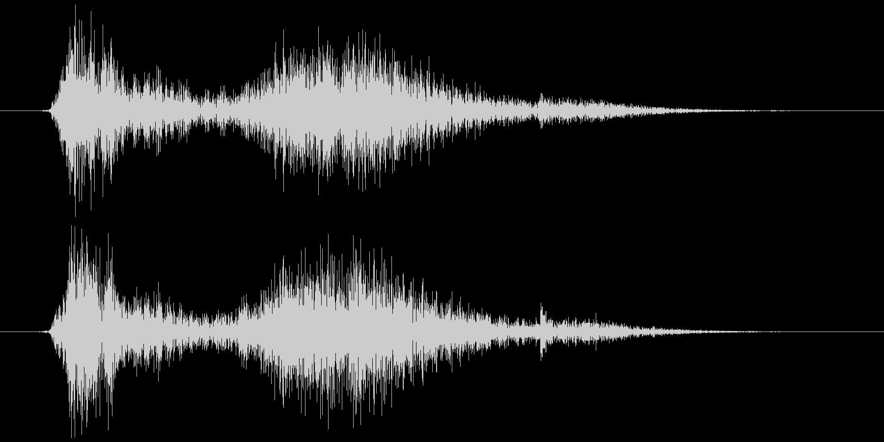 テレビ/ブラウン管 カシュッ+チリッの未再生の波形