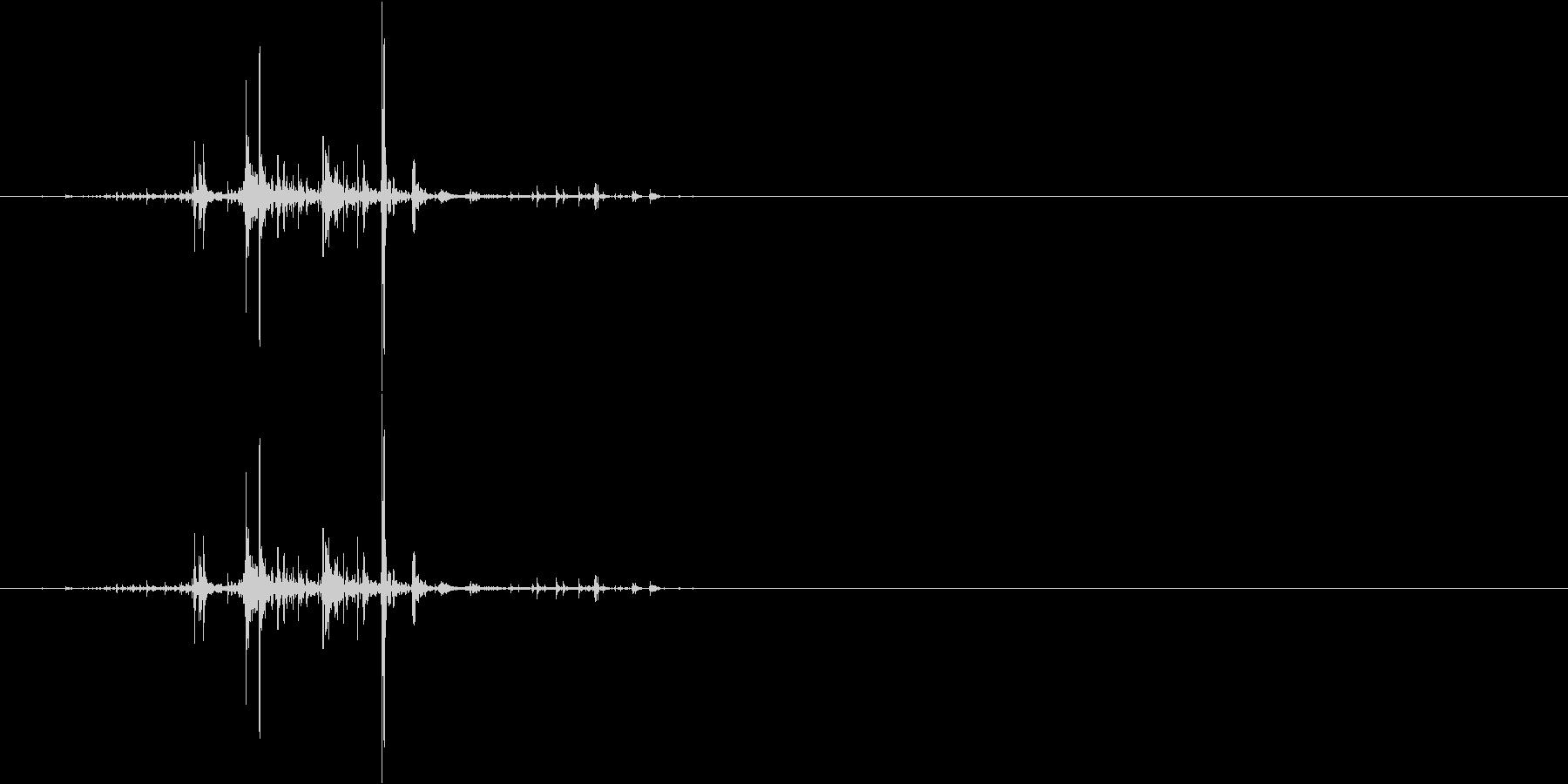 ネバネバしたものを潰す音4の未再生の波形