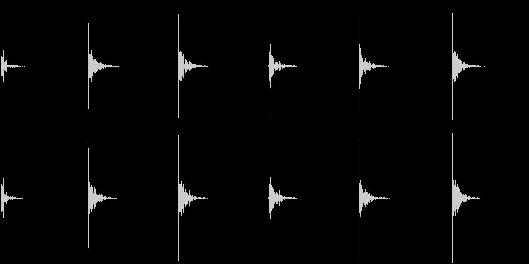【生録音】包丁で切る音 トントン 2の未再生の波形