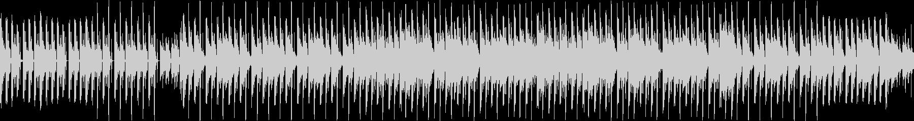マリンバとベースのテクノ風のループ曲の未再生の波形