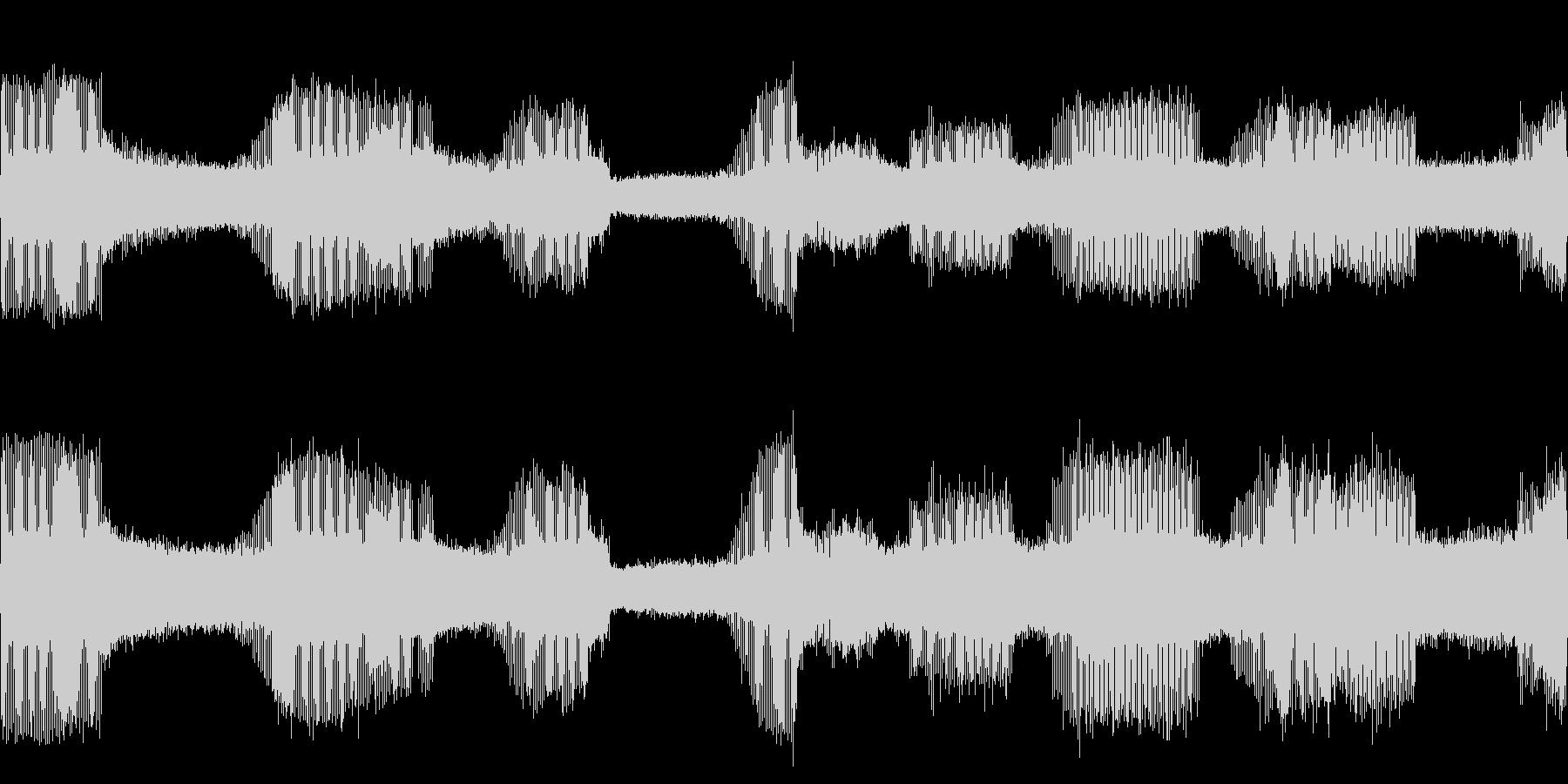 クマゼミの鳴き声(関東以南に多いセミ)の未再生の波形