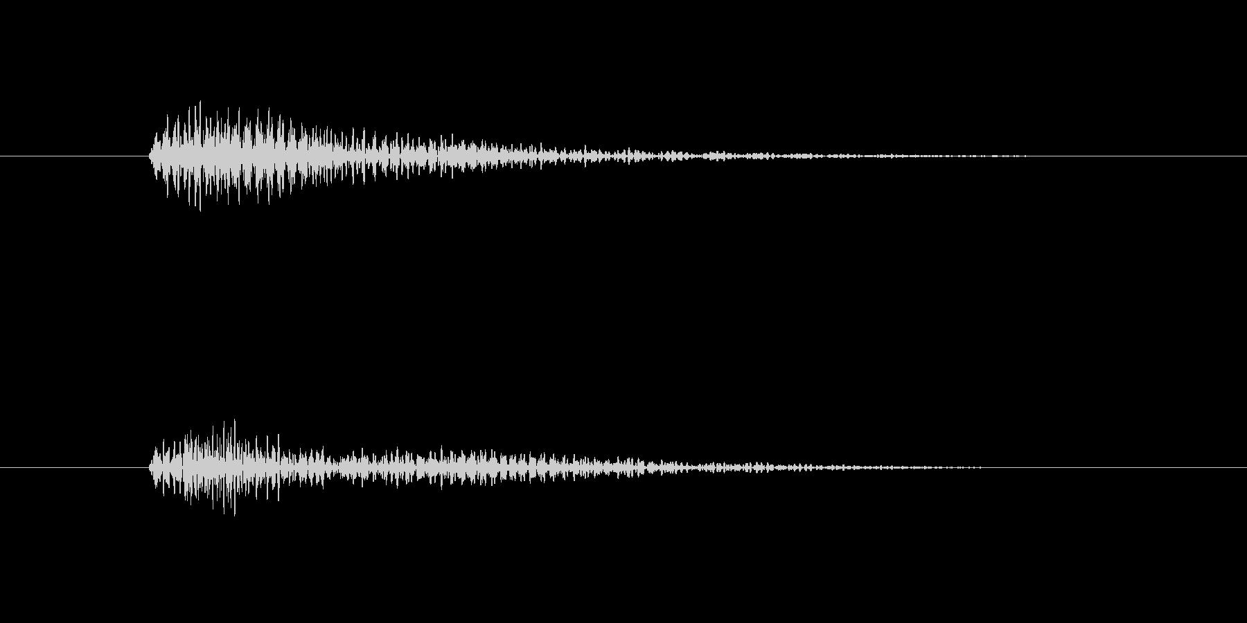ベンッ。 デジタル効果音。の未再生の波形