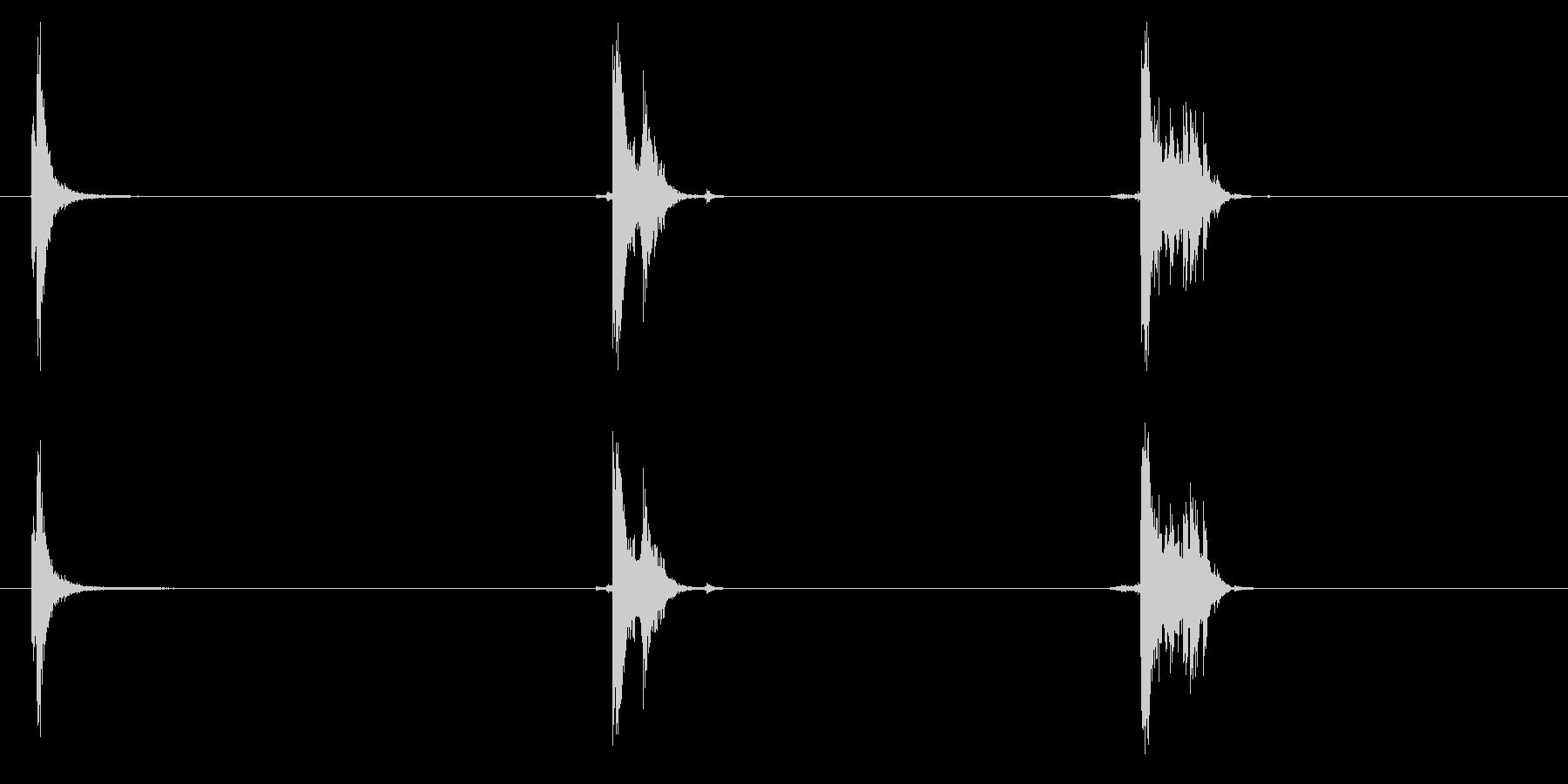 シャベル、金属、ドロップx3の未再生の波形