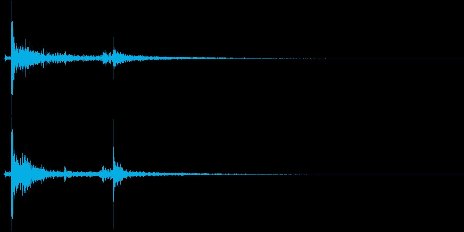 ドアを開ける音(エフェクト有り)の再生済みの波形