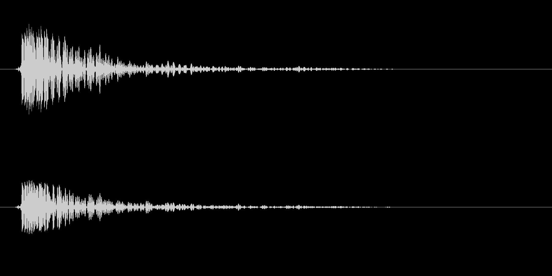 トン(叩く音色)低めの未再生の波形