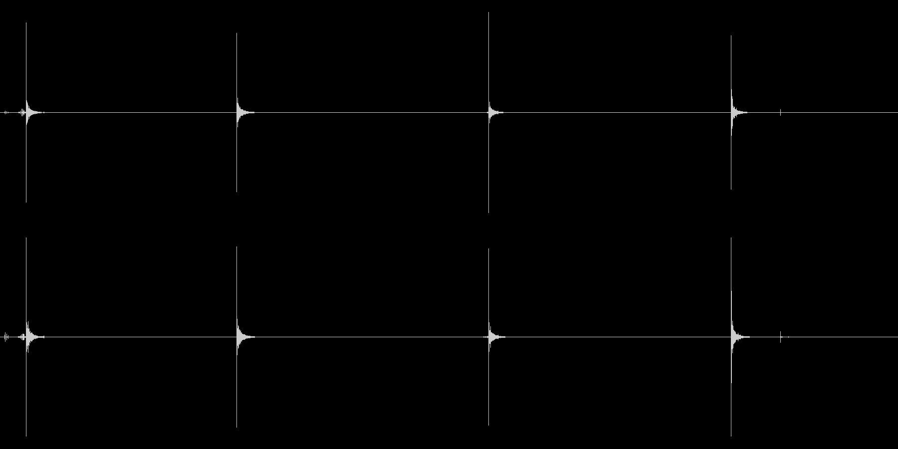 [バイノーラル]爪を切る音03(4回)の未再生の波形