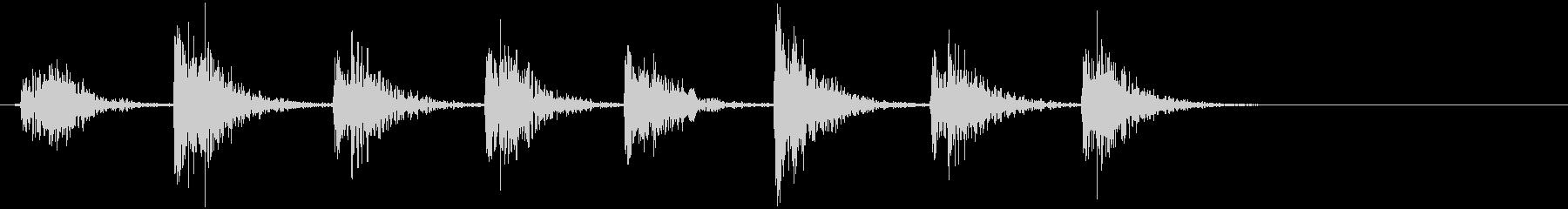 カツッカツ(二階からブーツの足音)の未再生の波形