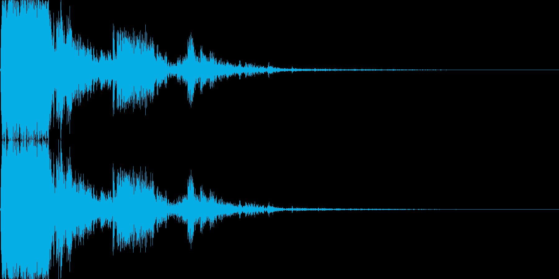 ドアを破壊する音の再生済みの波形