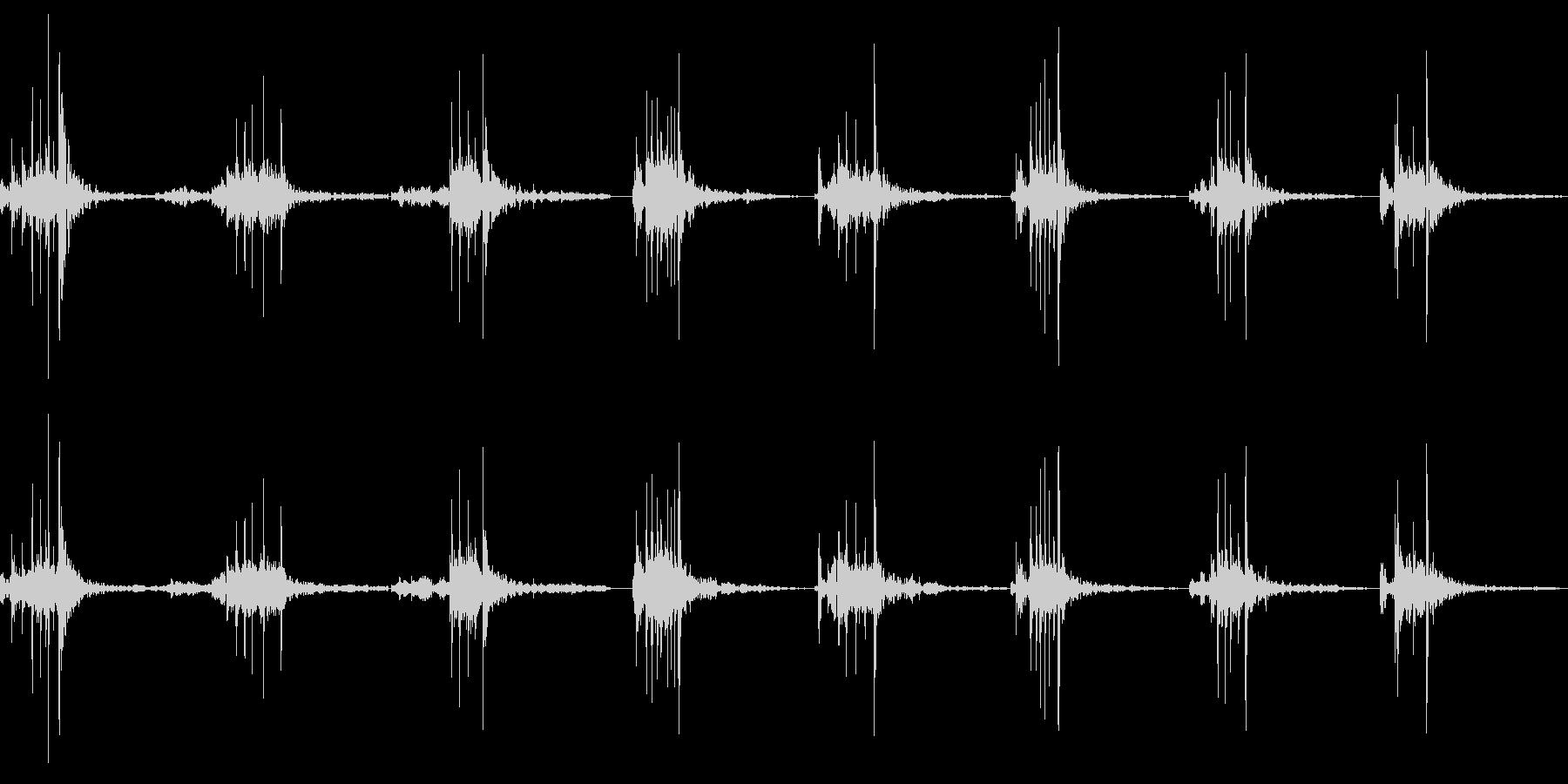 包丁でたまねぎを切る(丁寧)の未再生の波形