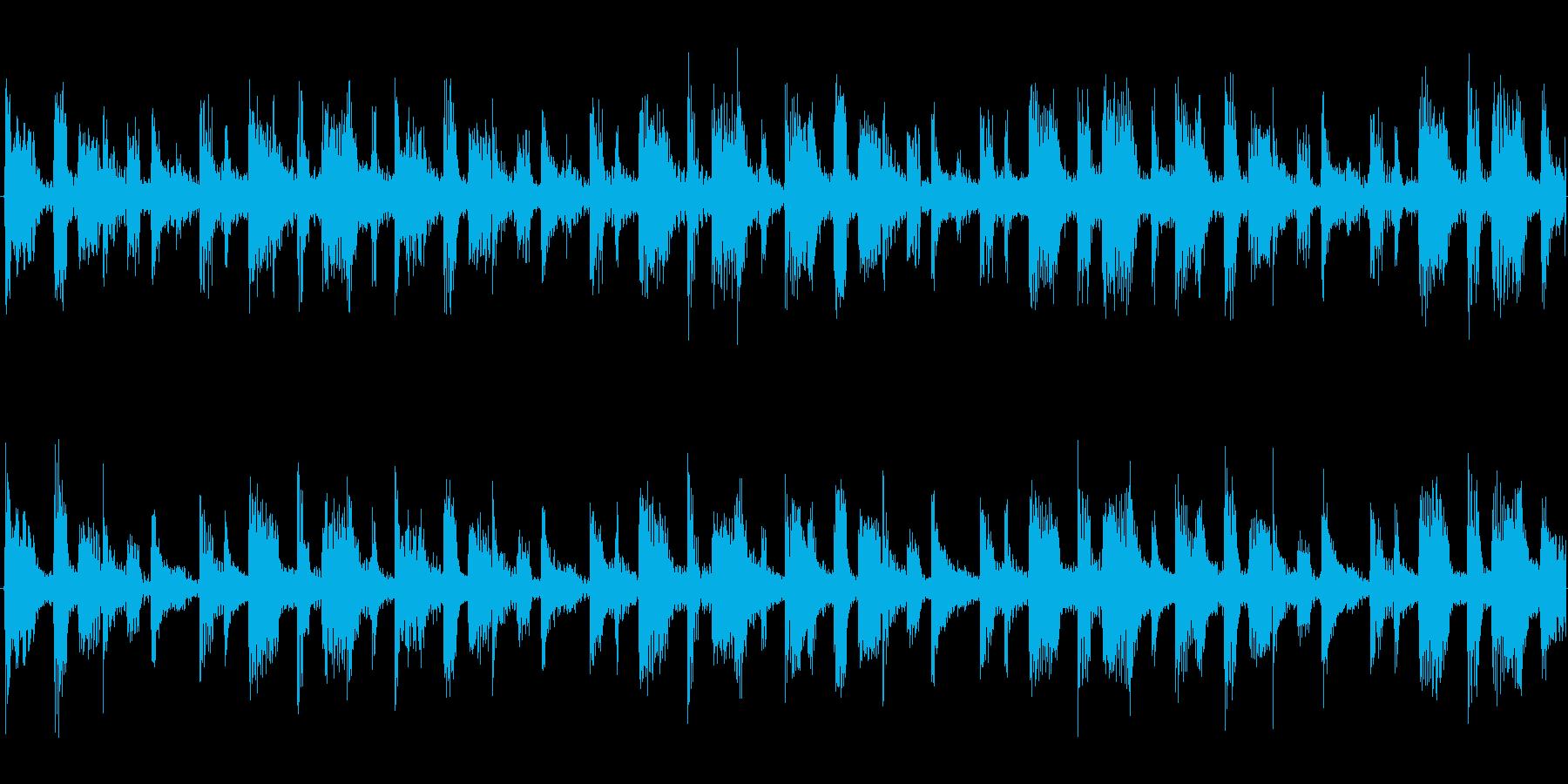 ドラムを強調した楽曲です。の再生済みの波形
