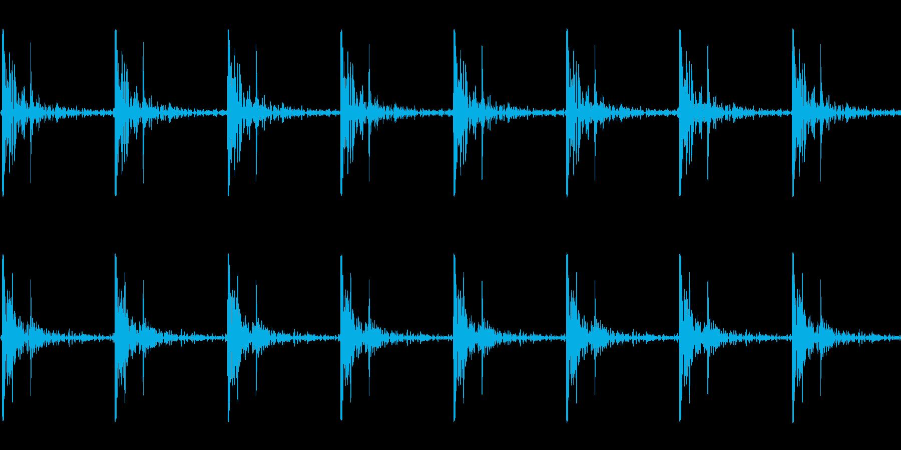 心臓の鼓動_上昇_心拍数86(残響あり)の再生済みの波形